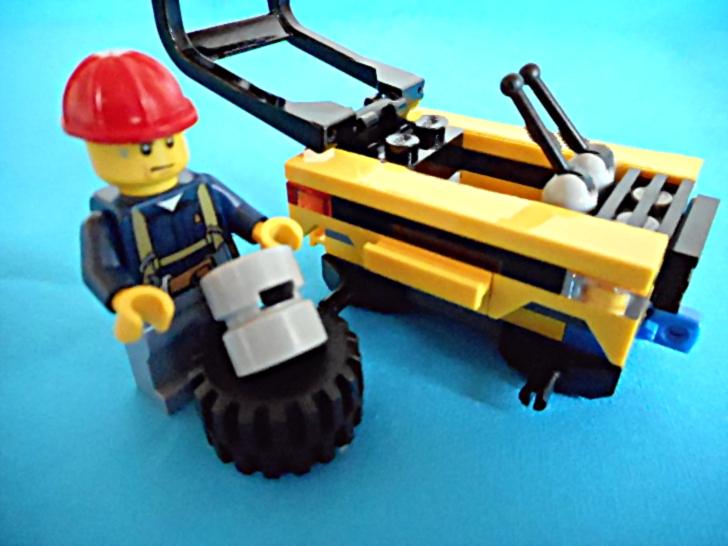 レゴ シティ 解体工事スタートセット 60072 タイヤ