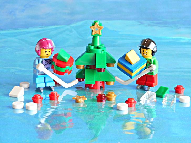 レゴ 60133 子どもたちとツリーとプレゼント