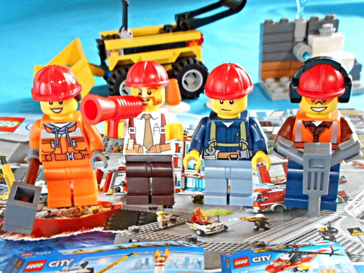 レゴ シティ 解体工事スタートセット 60072 ミニフィグ