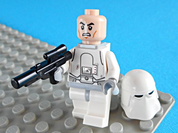 レゴ 75146 スノートルーパーのヘルメット