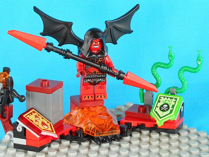 レゴ 70335 二匹の毒ヘビ