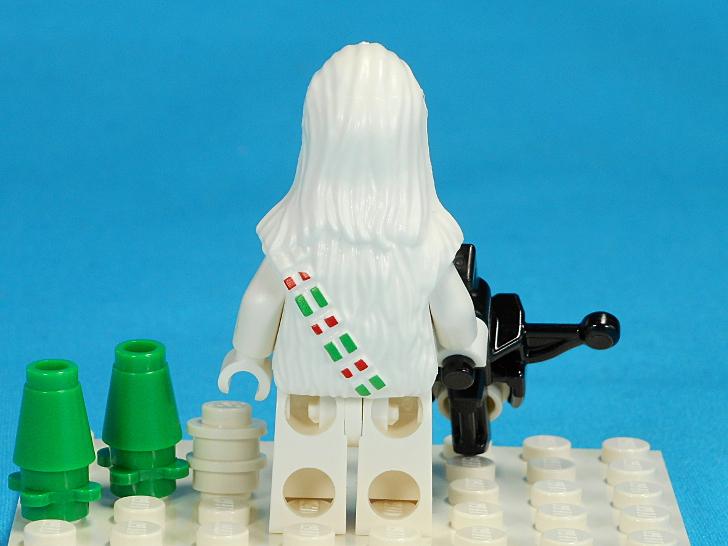 レゴ 75146 チューバッカとクロスボウと雪の玉