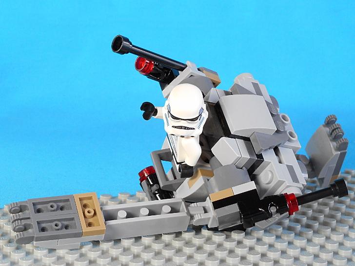 レゴ 75165 エヴァンゲリオンやバレエダンサーのような動き