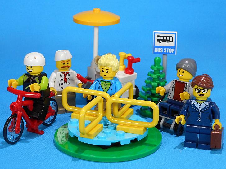 車椅子が初登場! 分離するホットドッグや回転遊具も