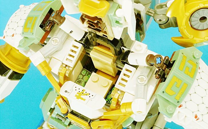 レゴ 巨神メカのコックピット
