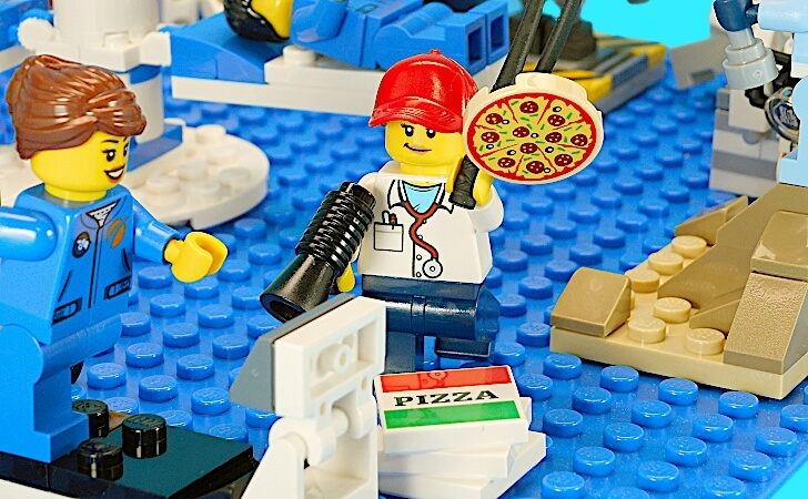 宅配ピザ店員の応援