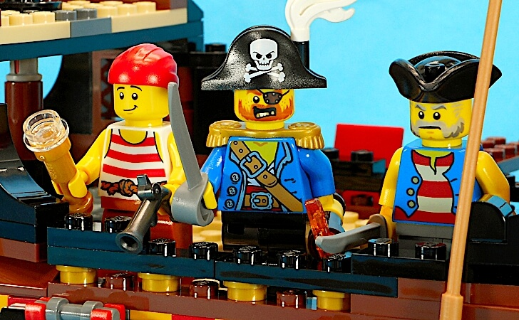 lego-creator-3-in-1-pirate-ship-31109-review